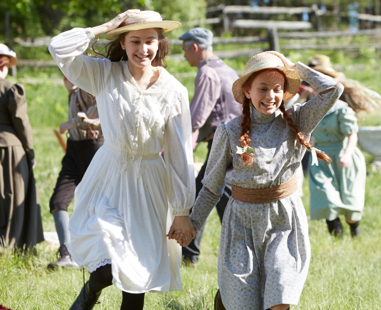 """Julia Lalonde as Dianna Barry and Ella Ballentine as Anne Shirley, """"Anne of Green Gables"""""""