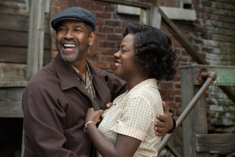 Denzel Washington and Viola Davis in Fences movie