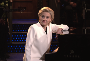 Kate McKinnon as Hillary Clinton on SNL