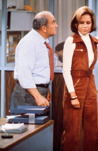No Merchandising. Editorial Use Only. No Book Cover Usage Mandatory Credit: Photo by Moviestore/REX/Shutterstock (3377011a) EDWARD ASNER, Mary Tyler Moore Mary Tyler Moore Show - 1970s