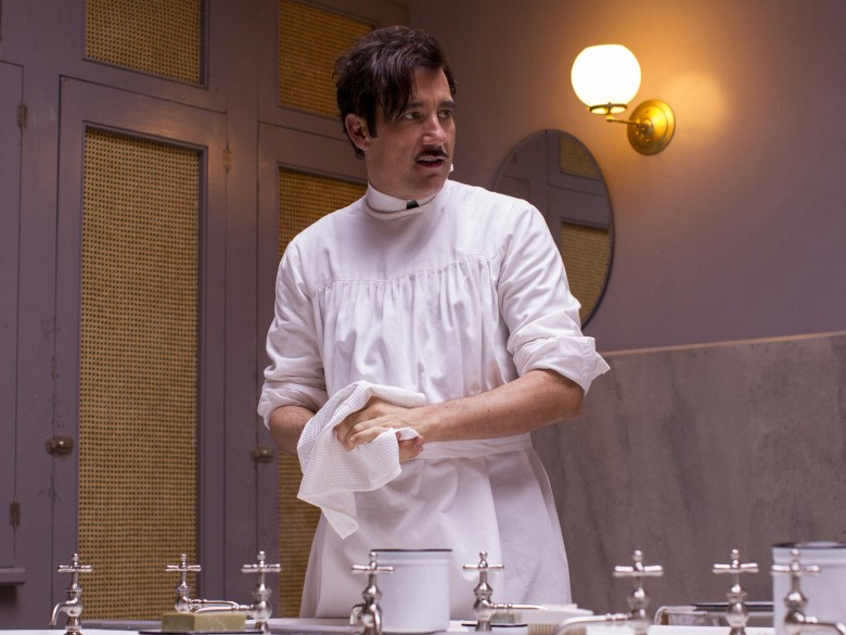 "Clive Owen, ""The Knick"""