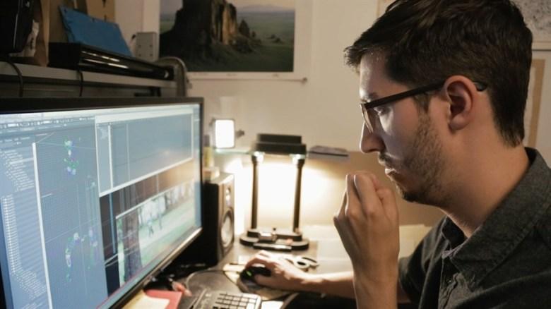"""Daniel Voshart in """"Frame 394"""""""