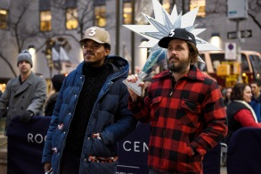 "SATURDAY NIGHT LIVE -- ""Casey Affleck"" Episode 1714 -- Pictured: (l-r) Musical guest Chance The Rapper and host Casey Affleck on December 13, 2016 -- (Photo by: Rosalind O'Connor/NBC)"