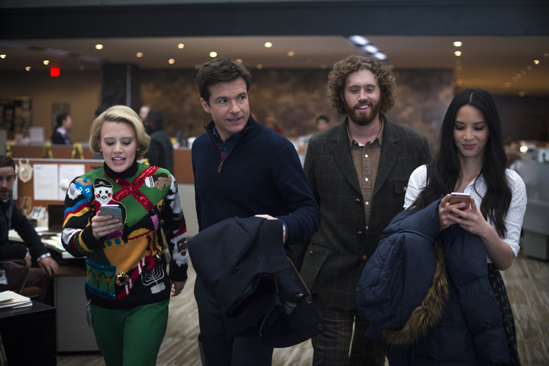 Review: Office Christmas Party Is Lacking In Laughs And Holiday ...