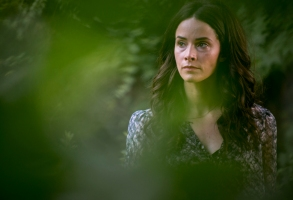 Abigail Spencer as Amantha Holden - Rectify Season 4, Episode 8