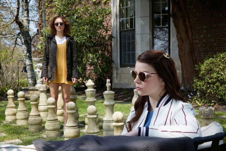 Anya Taylor-Joy and Olivia Cooke in Thoroughbred