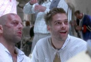Brad Pitt and Bruce Willis in 12 Monkeys