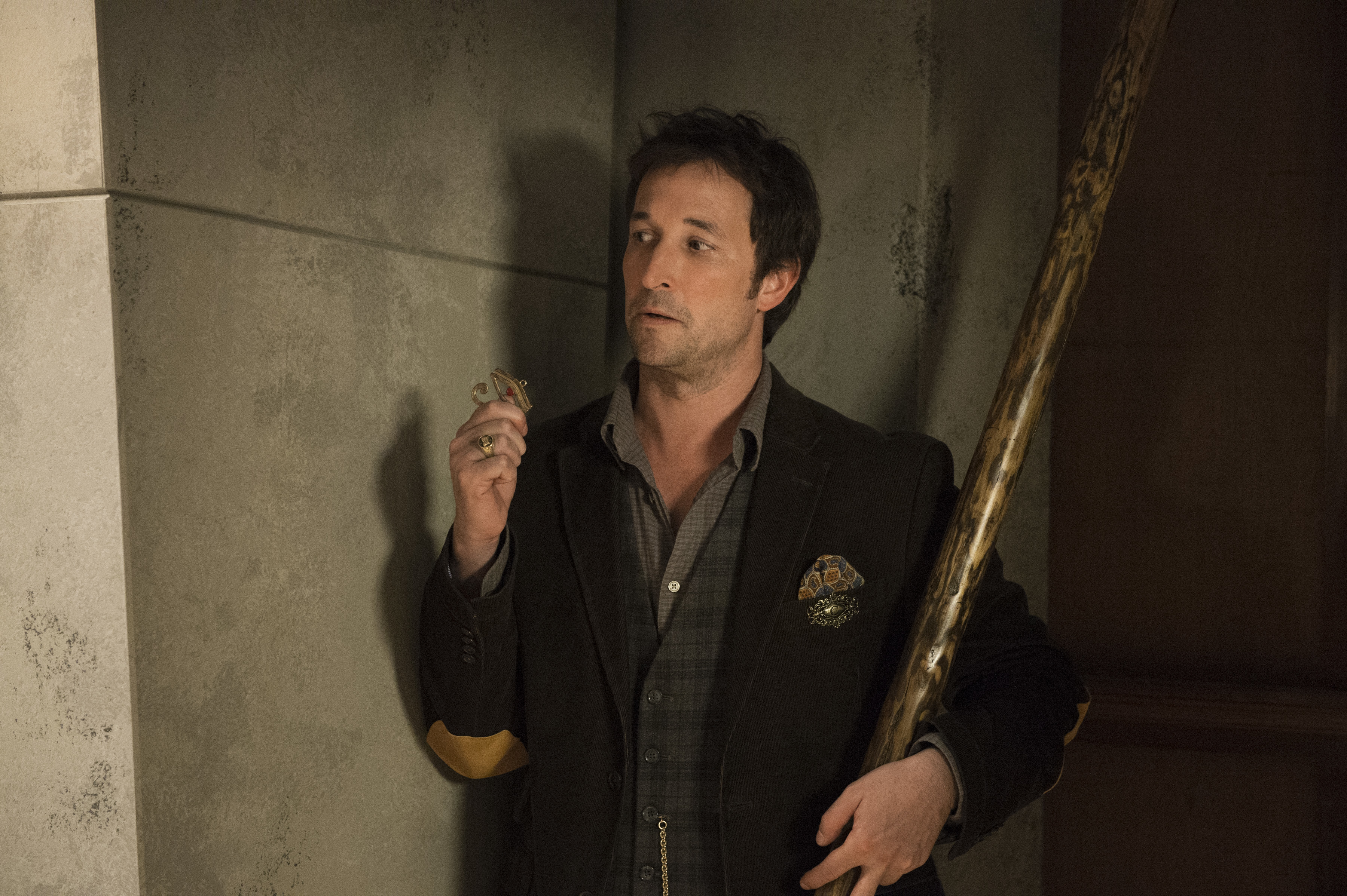 The Librarians's Noah Wyle: Why He's Trying to Save Family