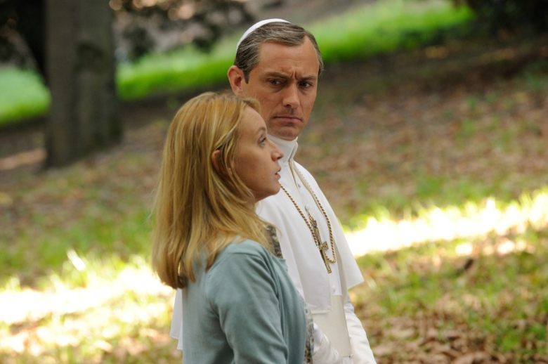 "Ludivine Sagnier and Jude Law, ""The Young Pope"""