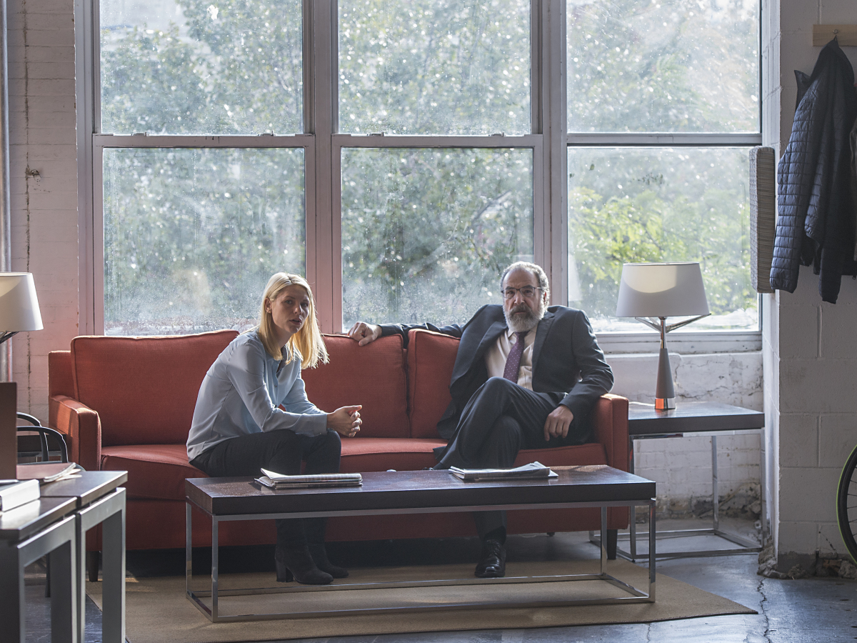 HOMELAND Season 6 Episode 2 Claire Danes Mandy Patinkin