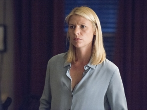 Claire Danes as Carrie Mathison in HOMELAND Season 6, Episode 2