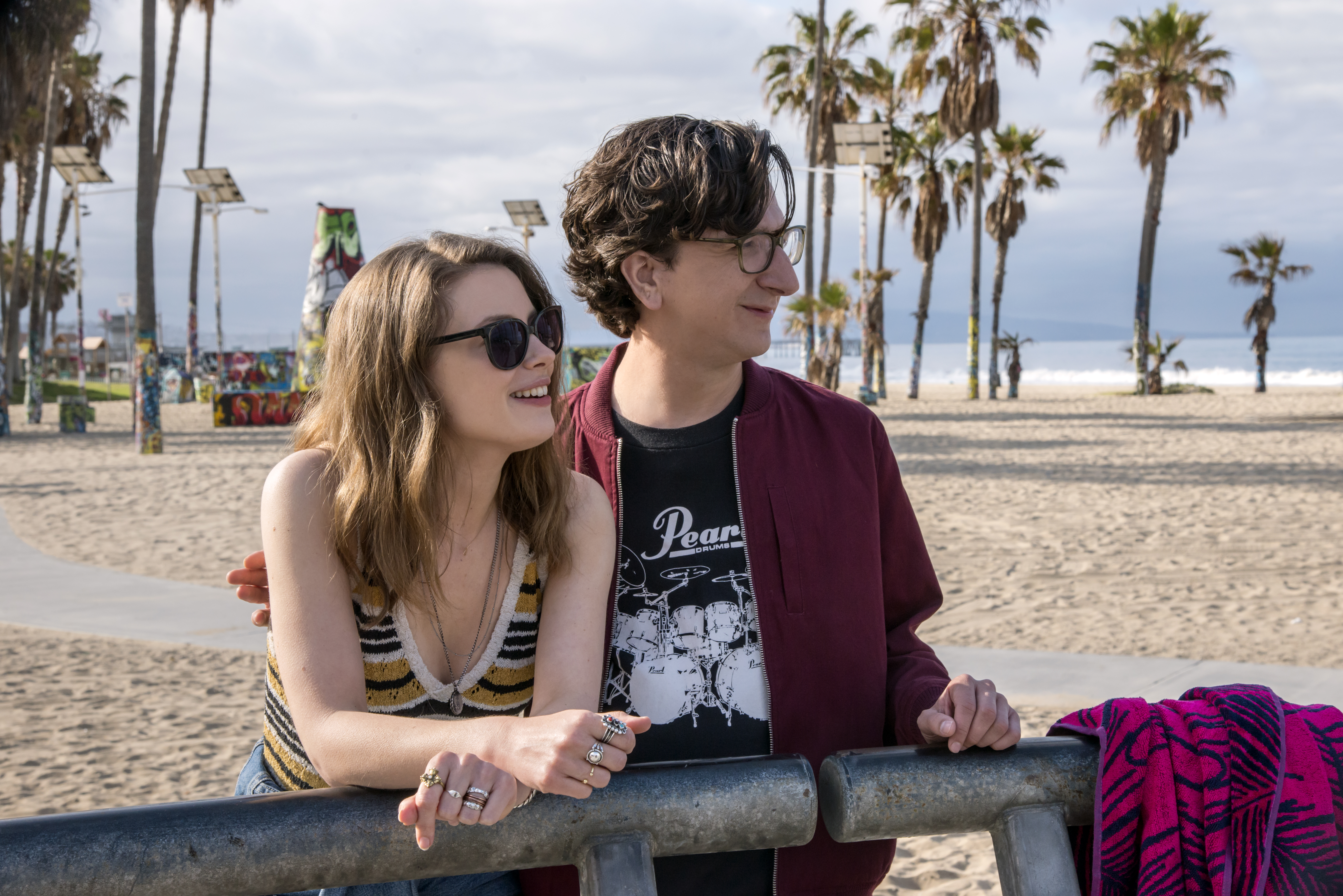 LOVE Season 2 Gillian Jacobs Paul Rust