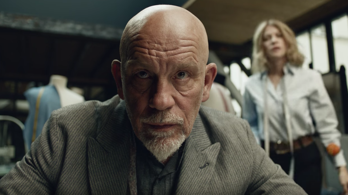 being john malkovich is pretty frustrating in this super