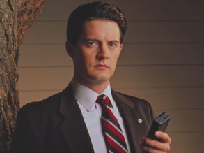 No Merchandising. Editorial Use Only. No Book Cover Usage. Mandatory Credit: Photo by Moviestore/REX/Shutterstock (1628230a) Twin Peaks , Kyle Maclachlan Film and Television