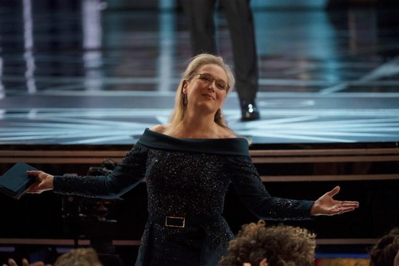 THE OSCARS(r) - The 89th Oscars(r) broadcasts live on Oscar(r) SUNDAY, FEBRUARY 26, 2017, on the ABC Television Network. (ABC/Eddy Chen)MERYL STREEP