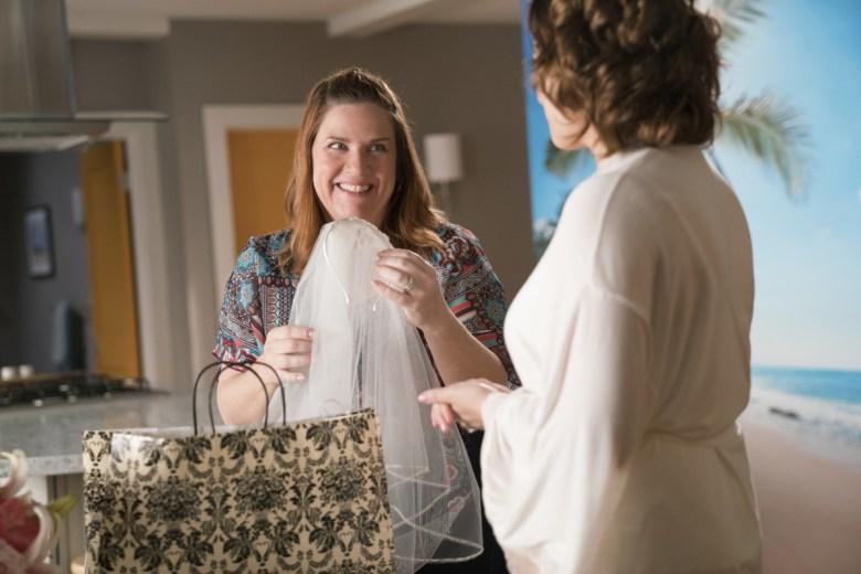Crazy Ex-Girlfriend Donna Lynne Champlin Rachel Bloom