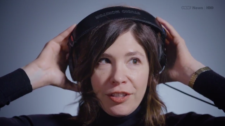 Carrie Brownstein Reviews Taylor Swift and Zayn Malik for VICE News Tonight  | IndieWire