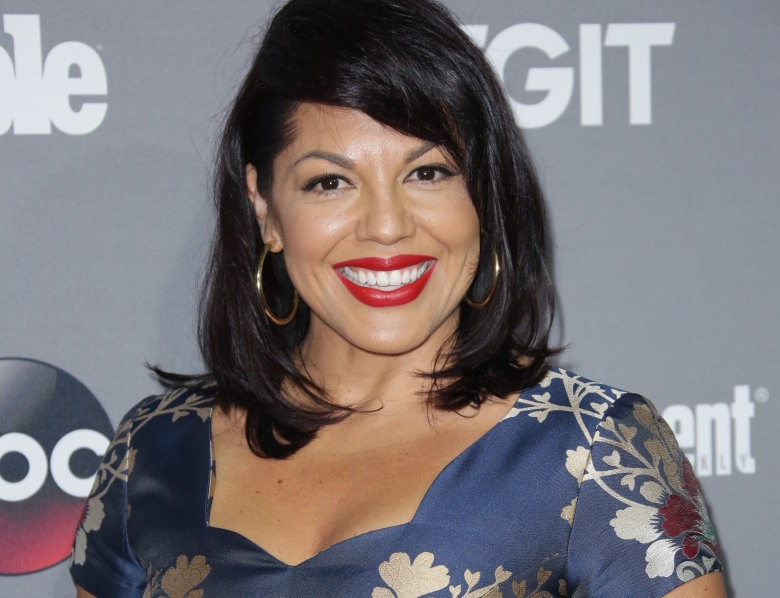 Sara Ramirez Calls Out Abc To Fix Biphobia In The Real Oneals