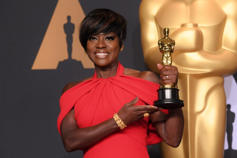 "Viola Davis shows off her Oscar for Actress in a Supporting Role in ""Fences"""