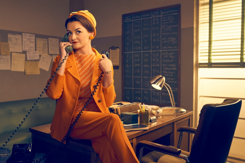 FEUD: BETTE & JOAN -- Pictured: Alison Wright as Pauline Jameson. CR: Kurt Iswarienko/FX.
