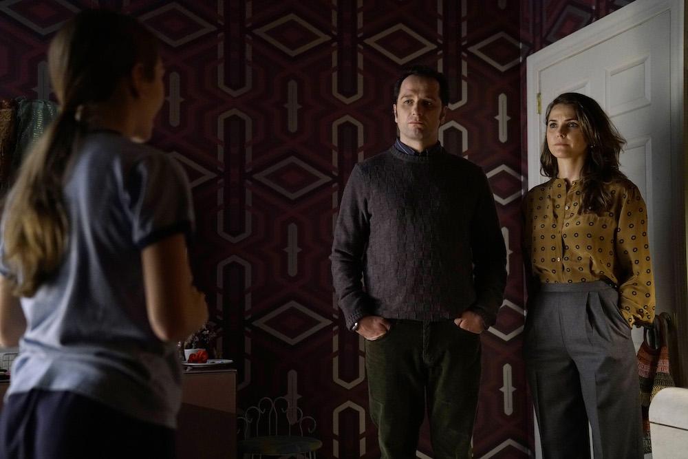 "THE AMERICANS ""Amber Waves"" Season 5, Episode 1 Holly Taylor as Paige Jennings, Matthew Rhys as Philip Jennings, Keri Russell as Elizabeth Jennings."
