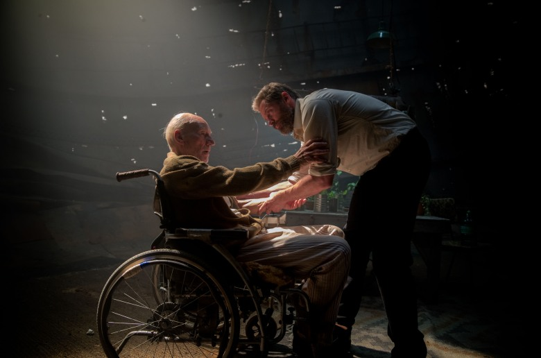 L1005610 - Charles (Patrick Stewart) and Logan (Hugh Jackman) in LOGAN. Photo Credit: James Mangold.