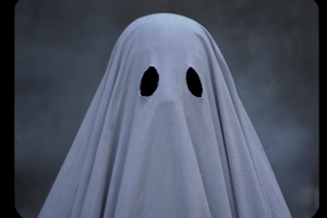 The Best Movies About Ghosts, From 'The Haunting' to 'The Others'
