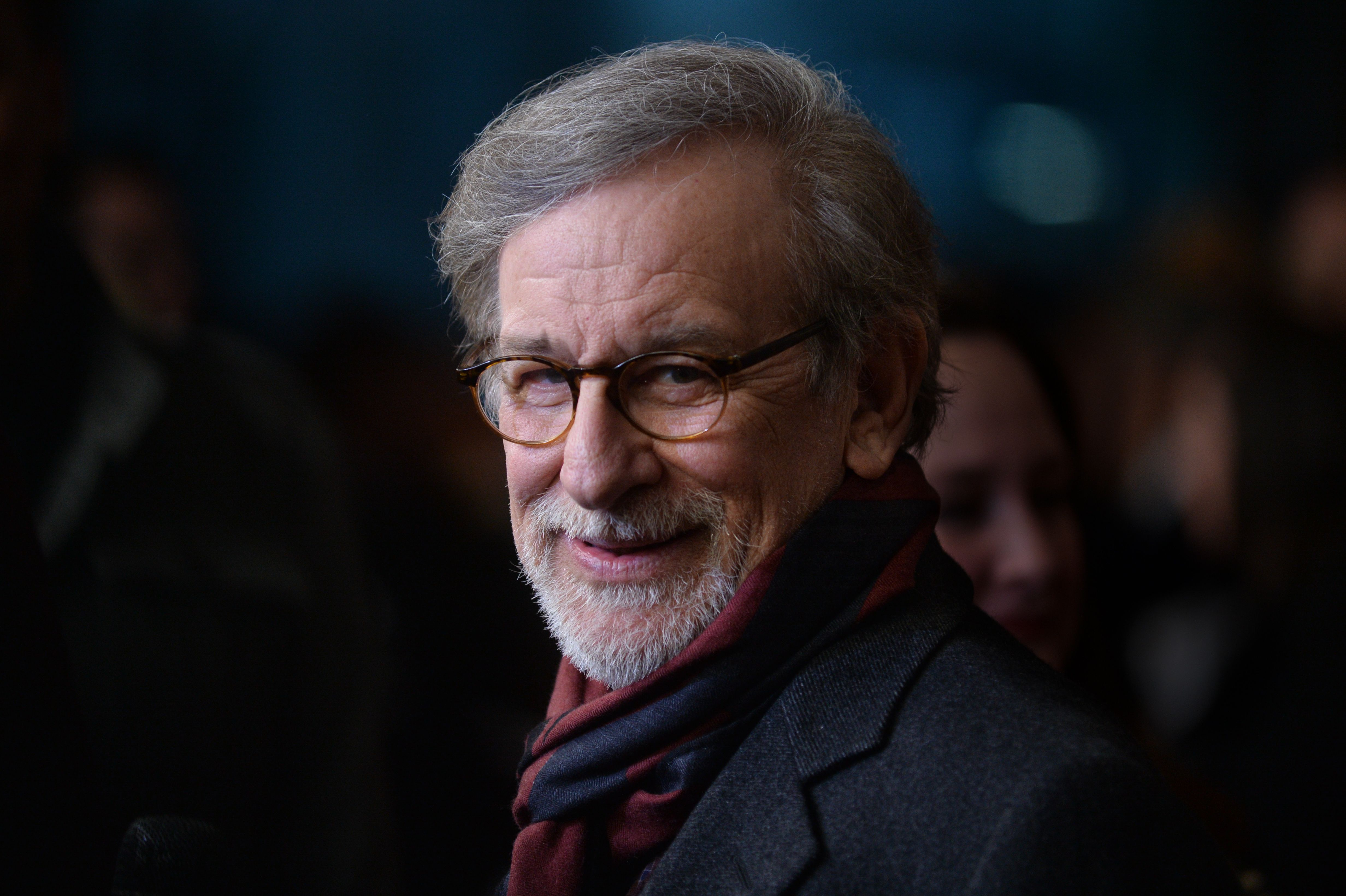 steven spielberg  steven spielberg five came back film screening arrivals new york usa