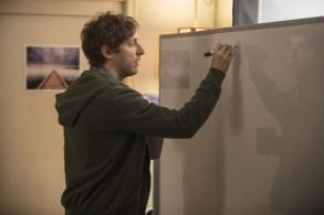 Silicon Valley Season 4 Episode 1 Thomas Middleditch