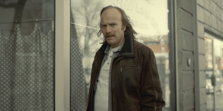 """FARGO """"The Principle of Restricted Choice"""" – Year 3, Episode 2 (Airs April 26, 10:00 pm e/p) Pictured (l-r): Ewan McGregor as Ray Stussy. CR: FX"""