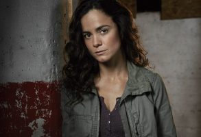 QUEEN OF THE SOUTH -- Season:1 -- Pictured: Alice Braga as Teresa Mendoza -- (Photo by: Justin Stephens/USA Network)