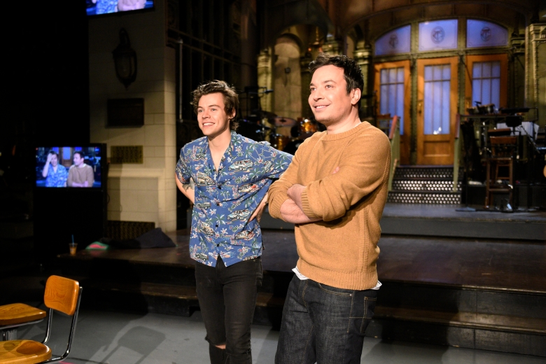 "SATURDAY NIGHT LIVE -- ""Jimmy Fallon"" Episode 1722 -- Pictured: (l-r) Musical guest Harry Styles poses with host Jimmy Fallon in Studio 8H on April 13, 2017 -- (Photo by: Rosalind O'Connor/NBC)"
