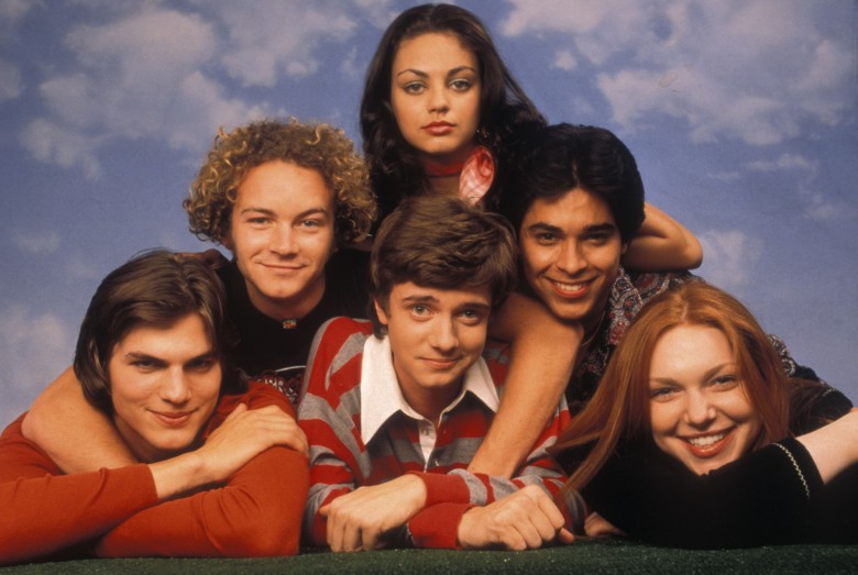 No Merchandising. Editorial Use Only. No Book Cover Usage.Mandatory Credit: Photo by Robert Sebree/20th Century F/REX/Shutterstock (5882121k)Mila Kunis, Danny Masterson, Wilmer Valderrama, Ashton Kutcher, Topher Grace, Laura PreponThat '70S Show - 199820th Century FoxUSATV Portrait