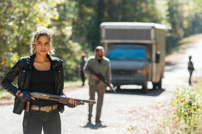Elizabeth Ludlow as Arat- The Walking Dead _ Season 7, Episode 16 - Photo Credit: Gene Page/AMC