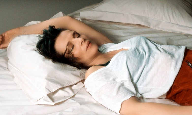 Juliette Binoche in Claire Denis' Let the Sunshine In