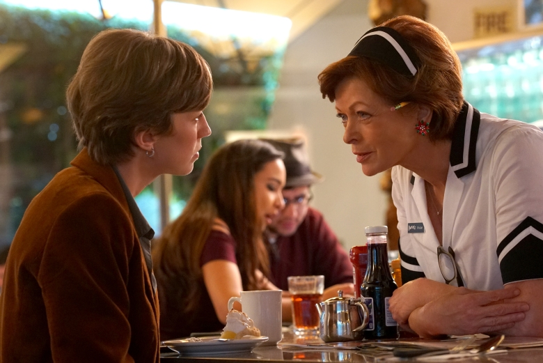 "FARGO -- ""The Law of Non‐ Contradiction"" – Year 3, Episode 3 (Airs May 3, 10:00 pm e/p) Pictured (l-r): Carrie Coon as Gloria Burgle, Frances Fisher as Vivian Lord (60 Years). CR: Byron Cohen/FX"