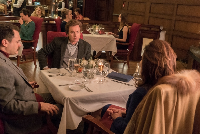 "FARGO -- ""The Law of Inevitability"" – Year 3, Episode 7 (Airs May 31, 10:00 pm e/p) Pictured (l-r): Michael Stuhlbarg as Sy Feltz, Ewan McGregor as Emmit Stussy, Mary McDonnell as Widow Goldfarb. CR: Chris Large/FX"