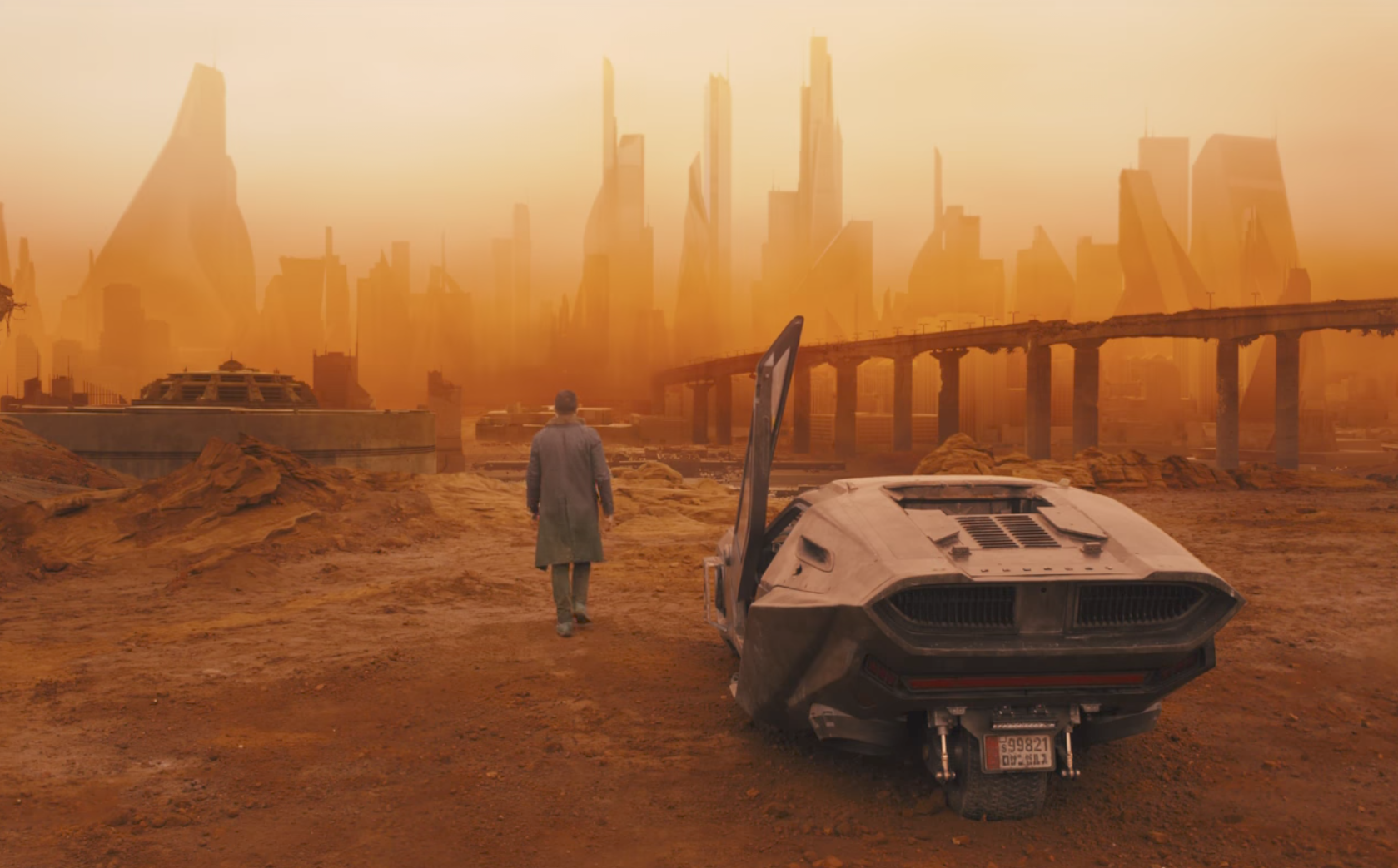Why 'Blade Runner 2049′ Could Be DP Roger Deakins' Masterpiece ...