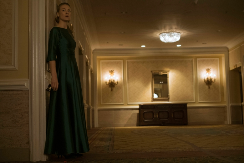 """The Handmaid's Tale  -- """"A Woman's Place"""" Episode 106 -- A Mexican Ambassador visiting Gilead questions Offred about her life as a Handmaid. Serena Joy reflects on her marriage and the role she once played in GileadÕs inception. Serena Joy (Yvonne Strahovski), shown. (Photo by: George Kraychyk/Hulu)"""