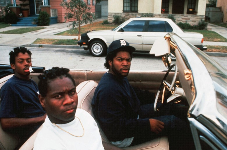 No Merchandising. Editorial Use Only. No Book Cover Usage.Mandatory Credit: Photo by Columbia/Kobal/REX/Shutterstock (5883239h)Ice CubeBoyz n The Hood / Boyz In The Hood - 1991Director: John SingletonColumbiaUSAScene StillBoyz'n the Hood, la loi de la rue