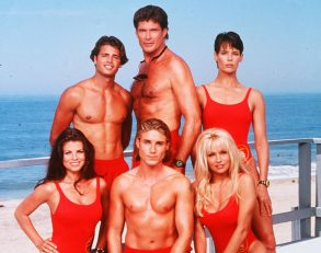 No Merchandising. Editorial Use Only. No Book Cover Usage.Mandatory Credit: Photo by Baywatch Co/REX/Shutterstock (5884653a)Yasmine Bleeth, David Charvet, Jaason Simmons, David Hasselhoff, Pamela Anderson, Alexandra PaulBaywatch - 1989-2001Baywatch Co/Tower 12 ProdsUSATelevision