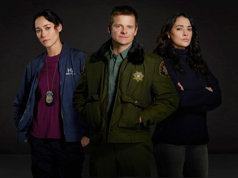 "THE CROSSING - ABC's ""The Crossing"" stars Sandrine Holt as Emma, Steve Zahn as Jude and Natalie Martinez as Reece. (ABC/Bob D'Amico)"