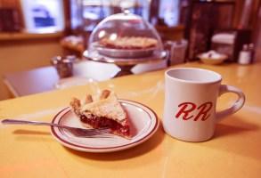"Cherry pie and damn good coffee, ""Twin Peaks: The Return"""