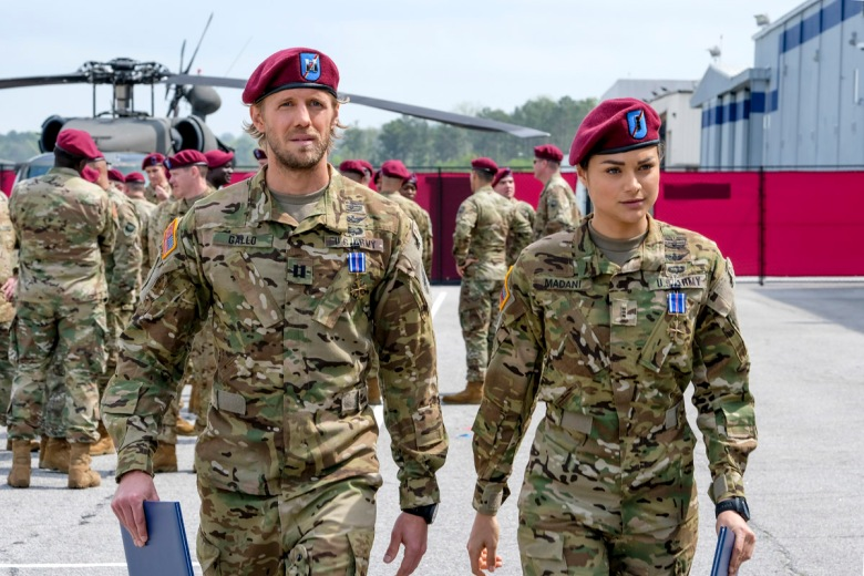 "Valor -- ""Pilot"" -- Image VAL101b_0929 -- Pictured (L-R): Matt Barr as Gallo and Christina Ochoa as Nora -- Credit: Mark Hill/The CW -- © 2017 The CW Network, LLC. All Rights Reserved"