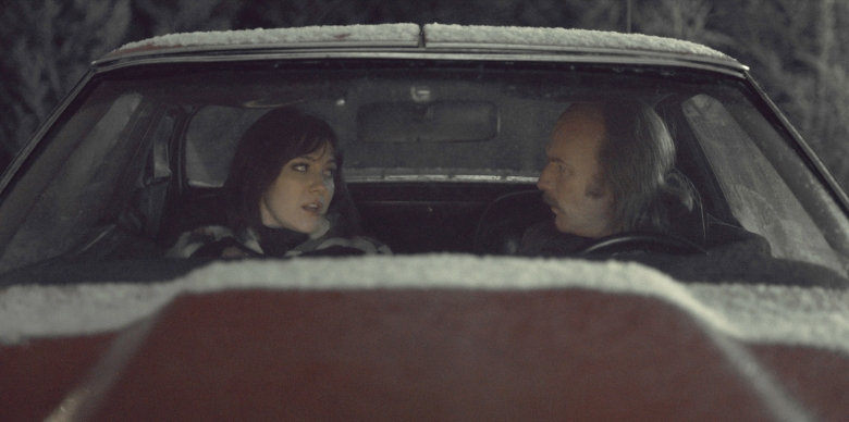 "FARGO -- ""The Principle of Restricted Choice"" – Year 3, Episode 2 (Airs April 26, 10:00 pm e/p) Pictured (l-r): Mary Elizabeth Winstead as Nikki Swango, Ewan McGregor as Ray Stussy. CR: FX"
