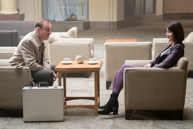 "FARGO -- ""Aporia"" – Year 3, Episode 9 (Airs June 14, 10:00 pm e/p) Pictured (l-r): David Thewlis as V.M. Varga, Mary Elizabeth Winstead as Nikki Swango. CR: Chris Large/FX"