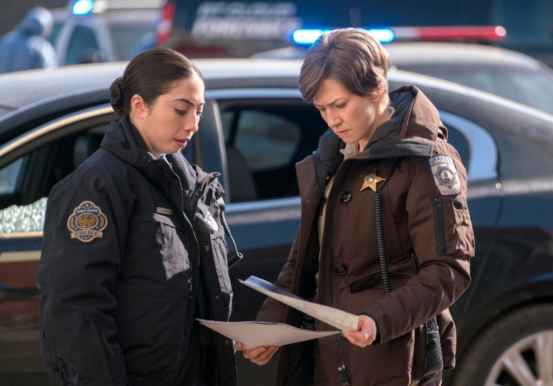 "FARGO -- ""Somebody to Love"" – Year 3, Episode 10 (Airs June 21, 10:00 pm e/p) Pictured (l-r): Olivia Sandoval as Winnie Lopez, Carrie Coon as Gloria Burgle. CR: Chris Large/FX"