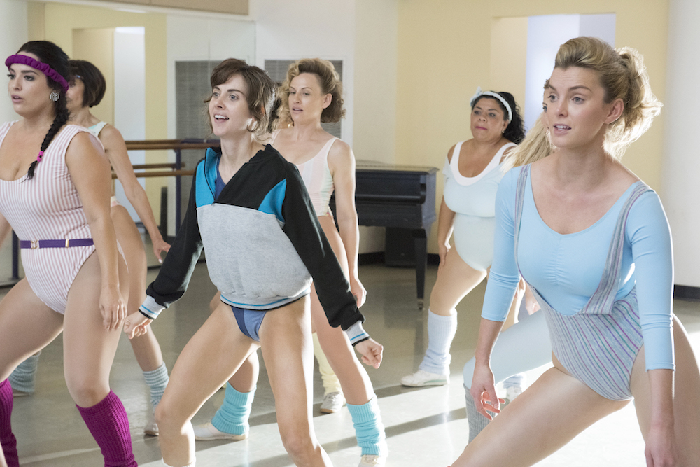 GLOW Alison Brie Betty Gilpin Season 1 Episode 1