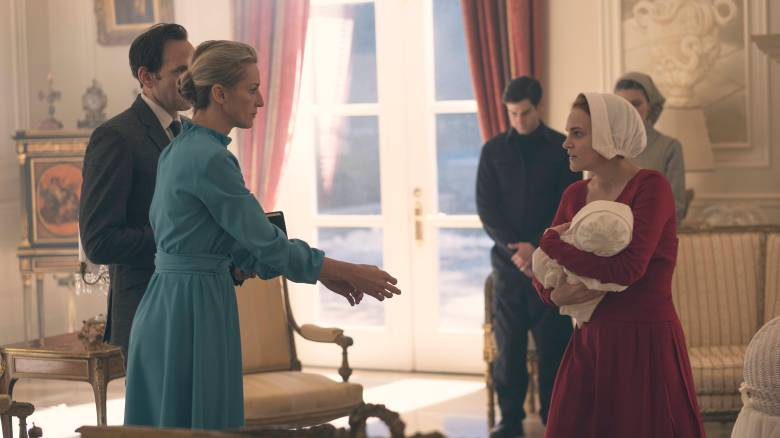 "The Handmaid's Tale -- ""The Bridge"" Episode 109 -- Offred embarks on a dangerous mission for the resistance. Janine moves to a new posting. Serena Joy suspects the Commander's infidelity. Naomi Putnam (Ever Carradine) and Janine (Madeline Brewer), shown. (Photo by: George Kraychyk/Hulu)"
