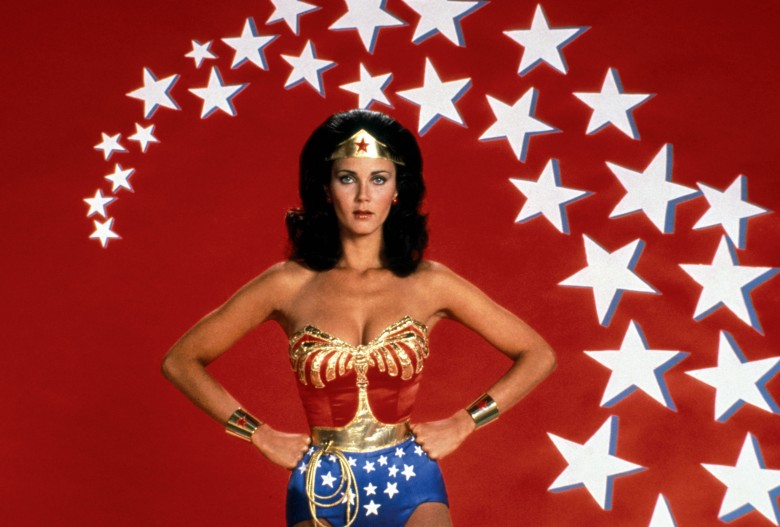 Wonder Woman TV Photo Album: Lynda Carter in Costume as the